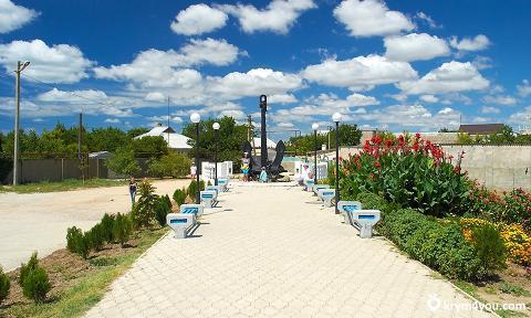 Заозерное - курортный поселок городского типа