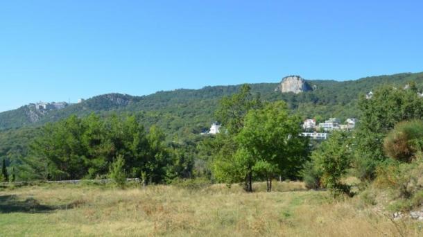 Участок  2,5 га на ЮБК (3 км от г. Ялта).