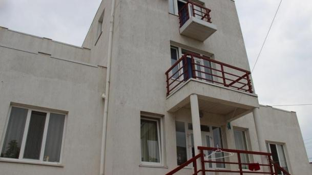 Гостевой дом  на 12 номеров в пгт. Заозёрное р-он Песчанка.