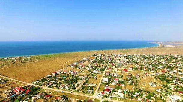 6 соток в пгт. Заозёрное р-н Песчанка (550м от моря).