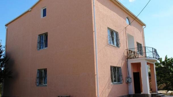 Дом  в районе  Песчанки, кооп. Прибой-2 (700м от моря).