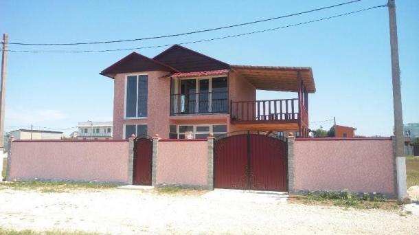 Новый дом под чистовую отделку в пгт.Заозёрное,600м от моря.