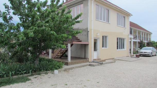 Действующий пансионат на 13 номеров в с.Поповка, 600м от моря.