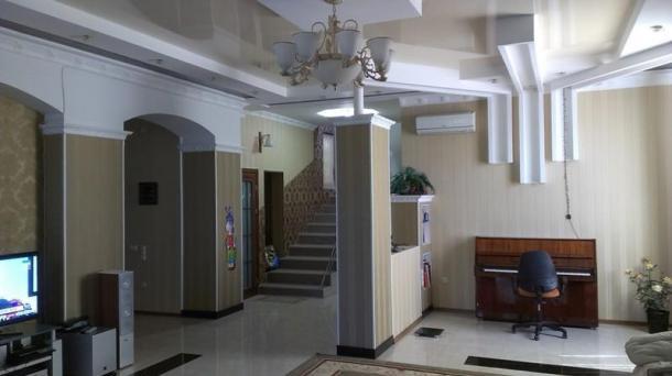 Дом в центре Евпатории, по ул. Русская.