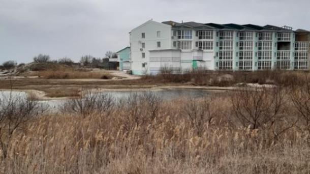 Апартаменты в пгт. Мирный по ул. Большая Морская.