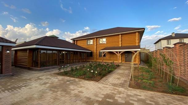 Шикарный дом из экологически чистых материалов, 1,4км от моря.
