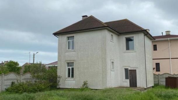 Дом по ул. Морская, СПК Елена (1,2км от моря).