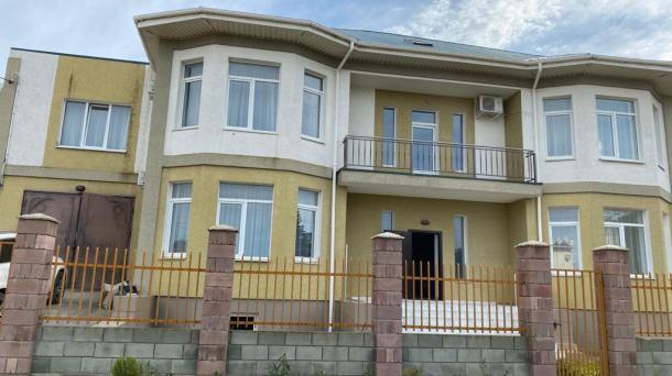 Новый  коттедж  по ул. Донецкая в с.Поповка  (700 м от моря).