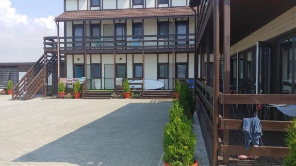 Действующий пансионат на 15 номеров в с.Поповка, 500м от моря.