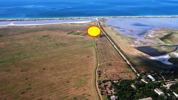 Три участка по 20 соток в селе Молочное, 550м от моря.