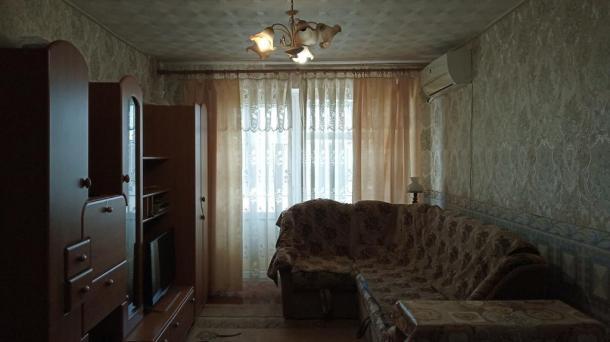 Квартира по ул.60 лет Октября, р-н маг. Милый.